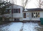 Foreclosed Home en MEADOW ST, Romulus, MI - 48174