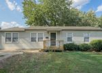 Foreclosed Home en N PEARL DR, Independence, MO - 64050