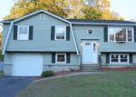 Foreclosed Home en TIMBERLAND DR, West Haven, CT - 06516