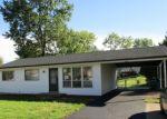 Foreclosed Home en KEELEN DR, Saint Louis, MO - 63136