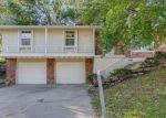 Foreclosed Home en NE 98TH TER, Kansas City, MO - 64155