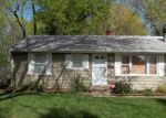 Foreclosed Home en VAUGHN AVE, Kansas City, MO - 64133