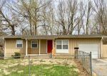 Foreclosed Home en E 92ND PL, Kansas City, MO - 64138