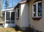 Foreclosed Home en APPLE ST, Brentwood, NY - 11717