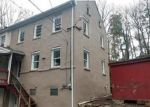 Foreclosed Home en INDIAN CREEK RD, Emmaus, PA - 18049