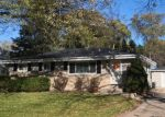 Foreclosed Home en N 54TH ST, Milwaukee, WI - 53223