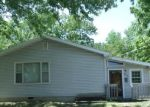 Foreclosed Home en N ROBBERSON AVE, Springfield, MO - 65803