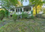 Foreclosed Home en JOAN LN, Temple Hills, MD - 20748