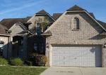 Foreclosed Home en SUMMERFIELD DR, Macomb, MI - 48044