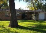 Foreclosed Home in HACKBERRY DR, Arlington, TX - 76013