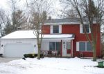 Foreclosed Home en DELTA RIVER DR, Lansing, MI - 48906