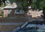 Foreclosed Home en CERRITOS AVE, Long Beach, CA - 90805