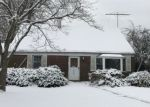 Foreclosed Home in JACKSON AVE, Wantagh, NY - 11793