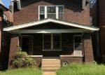 Foreclosed Home en DELOR ST, Saint Louis, MO - 63111