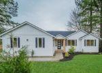 Foreclosed Home en ROBE MENZEL RD, Granite Falls, WA - 98252