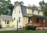 Foreclosed Home in COMMON ST, Walled Lake, MI - 48390