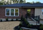 Foreclosed Home en NW KAY DR, Lees Summit, MO - 64063