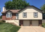 Foreclosed Home en NE BRYCO DR, Lees Summit, MO - 64086