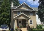 Foreclosed Home en N HARWOOD AVE, Upper Darby, PA - 19082