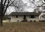Foreclosed Home en S FORT AVE, Springfield, MO - 65807
