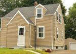 Foreclosed Home en CAMP AVE, Newington, CT - 06111