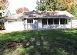 Foreclosed Home en W 24TH ST S, Independence, MO - 64052