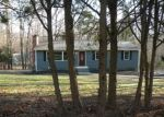 Foreclosed Home in COUNTRY LN, East Hampton, CT - 06424