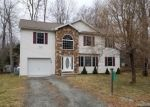 Foreclosed Home en LOCKWOOD DR, Tobyhanna, PA - 18466