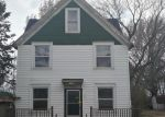 Foreclosed Home en W SWISS ST, Franklin, WI - 53132