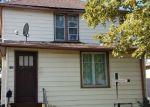 Foreclosed Home en N JACKSON ST, Waukegan, IL - 60085