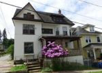 Foreclosed Home en 7TH AVE, Carbondale, PA - 18407