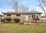 Foreclosed Home en RIDGEWAY AVE, Richton Park, IL - 60471