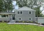 Foreclosed Home en BAKER ST, West Haven, CT - 06516