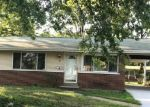 Foreclosed Home en SANTA ANITA CT, Florissant, MO - 63033