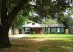 Foreclosed Home en N DARTMOUTH AVE, Tampa, FL - 33604