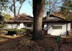 Foreclosed Home en N 8TH ST, Saint Charles, MO - 63301