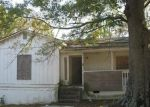 Foreclosed Home en LYLE AVE, Atlanta, GA - 30344
