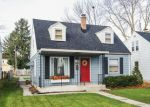 Foreclosed Home en N 90TH ST, Milwaukee, WI - 53222