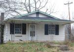 Foreclosed Home en DR THOMAS WALKER RD, Rose Hill, VA - 24281
