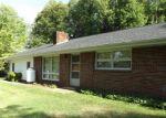Foreclosed Home en GERANIUM DR, Gate City, VA - 24251