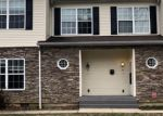 Foreclosed Home en S WYCOMBE AVE, Lansdowne, PA - 19050