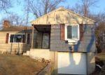 Foreclosed Home en MAPLEHURST AVE, New Britain, CT - 06053