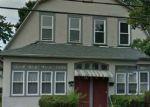 Foreclosed Home en BURNHAM ST, Hartford, CT - 06112