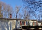 Foreclosed Home en POWDER RIDGE RD, Enfield, CT - 06082