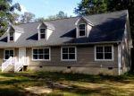 Foreclosed Home en HONEYCUTT LN, Gloucester, VA - 23061