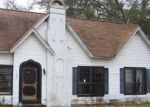 Foreclosed Home in E PARK AVE, Palestine, TX - 75801