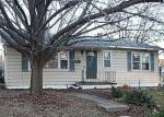 Foreclosed Home en CUNNINGHAM AVE, Saint Charles, MO - 63301