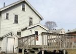 Foreclosed Home en BEEBE ST, Naugatuck, CT - 06770