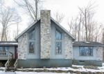 Foreclosed Home en WAPPINGER WAY, Pocono Lake, PA - 18347