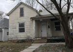 Foreclosed Home en E 10TH ST, Sedalia, MO - 65301
